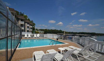 Spinnaker-Bay-Condos-Waterfront-Sherrills-Ford-NC